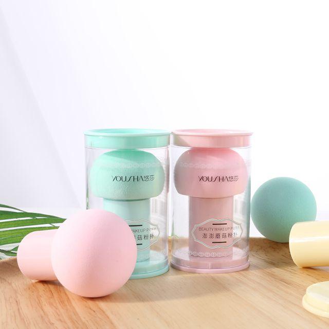 Yousha mushroom high quality Cosmetic tool latex free cosmetic foundation powder puff beauty makeup sponge with handle YF139