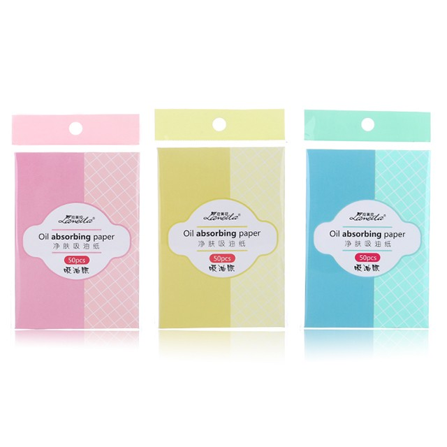 Refreshing Oil Control Makeup Portable 50pcs Absorbent Paper Facial Oil Blotting Paper