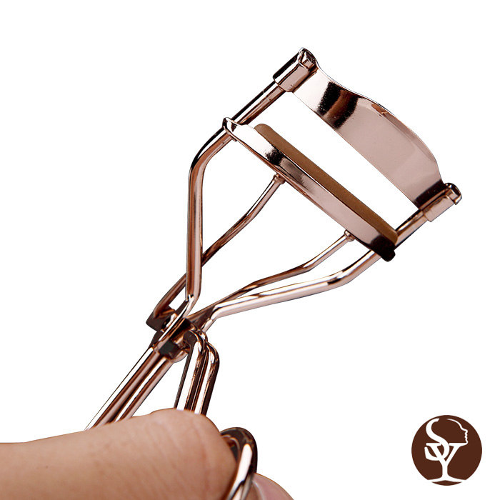 Eyelash Curler CP.AAA-JMJ.A308